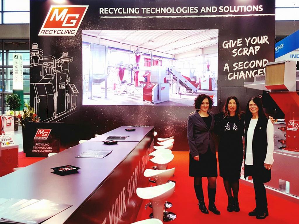 native studio grafica mg recycling stand ecomondo 2017-2